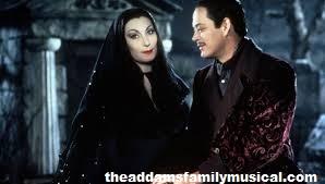 Gomez Addams Sebagai Bapak di Keluarga Addams Family